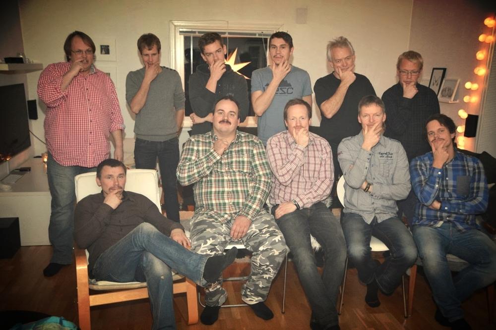Gjengen som var samla til bartefest, fredag 29. november.