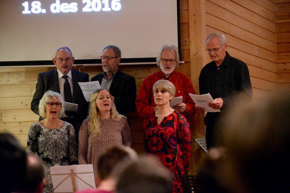Me syng jula inn 2016 - 11.jpg
