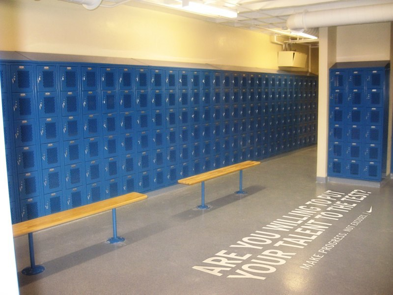 4_locker-room.jpg