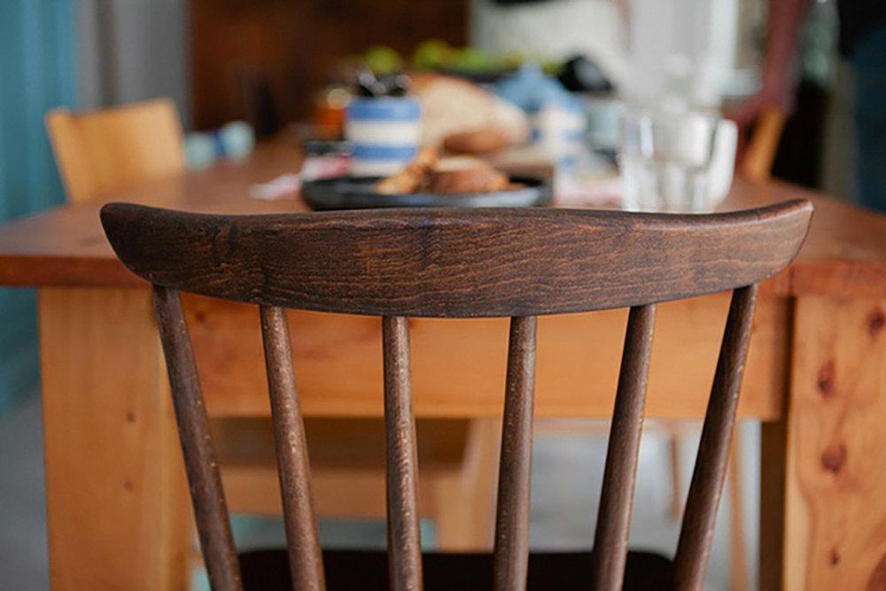 an-empty-chair.jpg