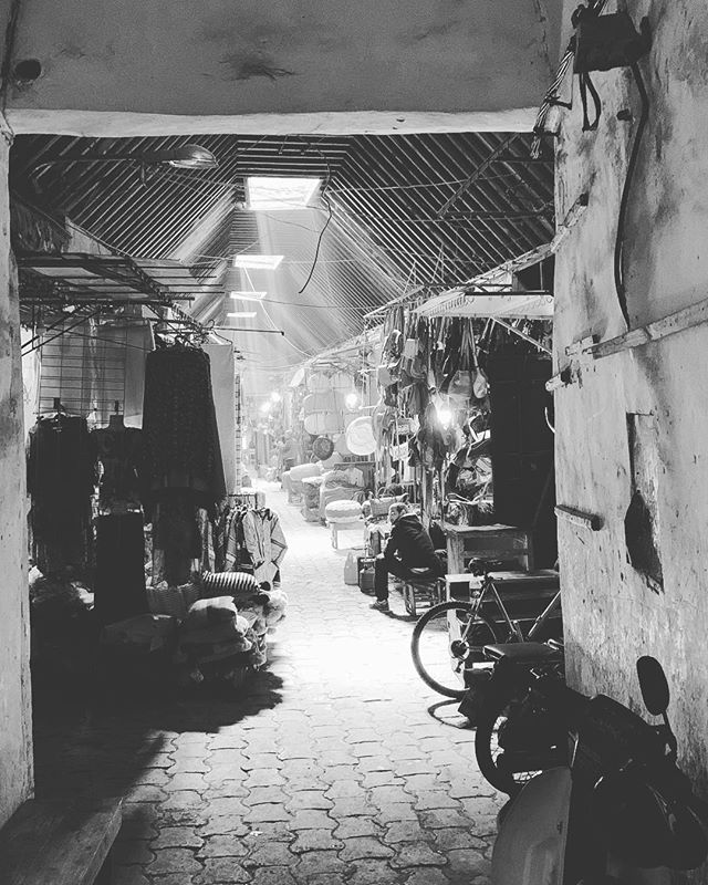 Exploring the Souks of the Red City #Marrakech