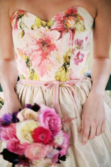 Floral wedding dress @ Jennifergifforddesigns,com