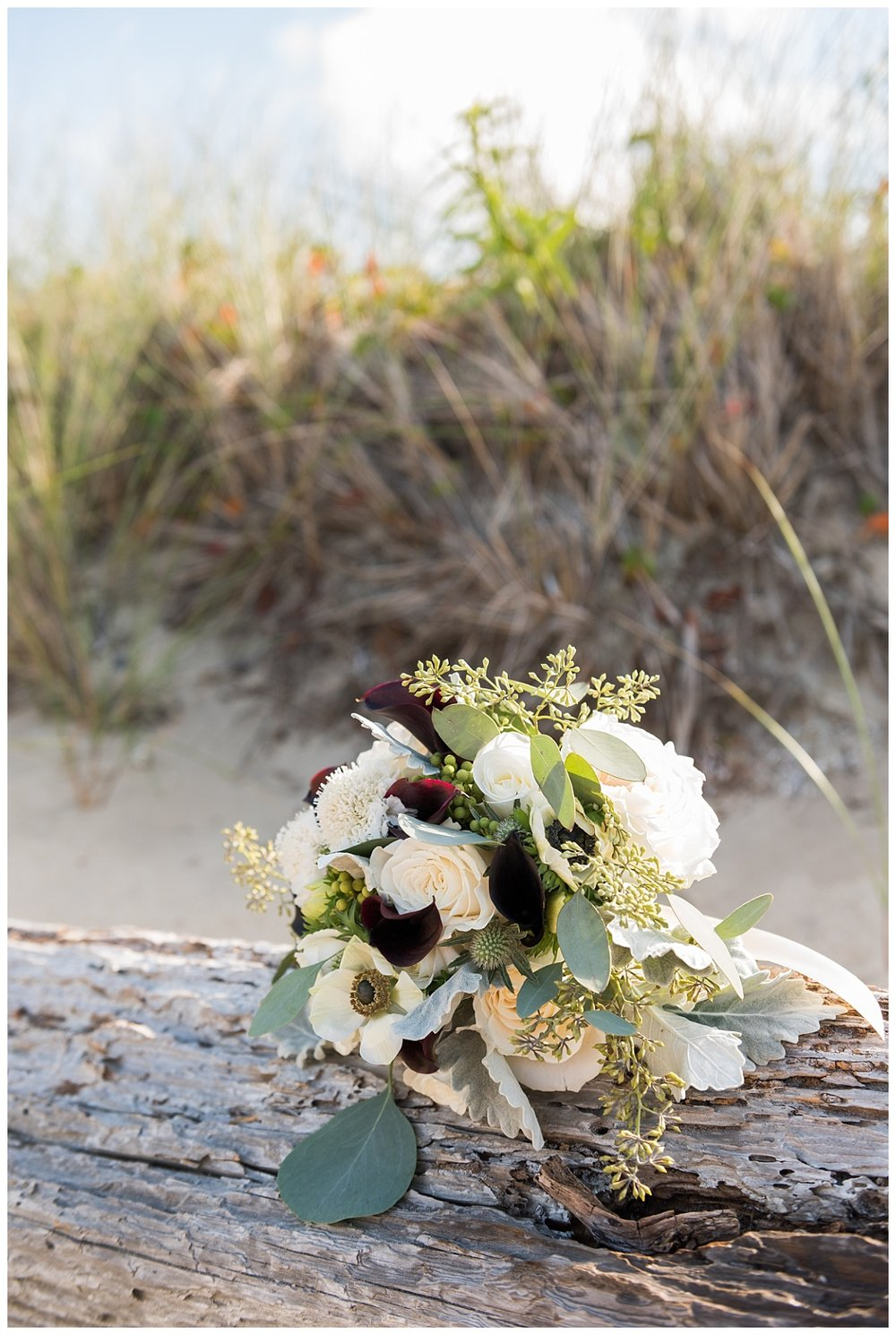 A Beautiful Intimate Elopement at the Nantucket Brant Point Lighthouse