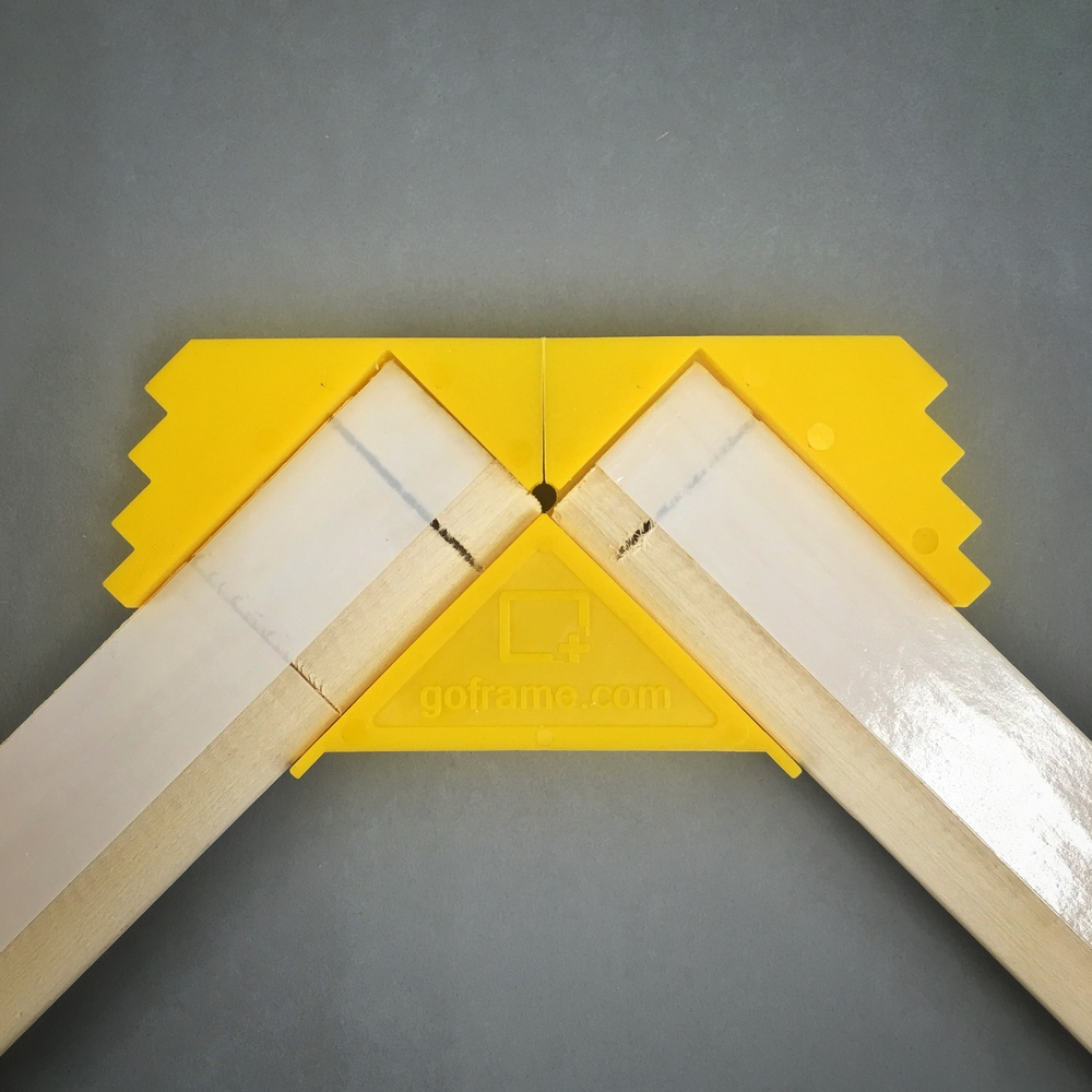 Reusable patented clamps ensure perfectly square stretcher frames while keeping the adhesive tape from touching the canvas.They also make centring the stretcher assembly on the canvas very easy by simply lining up the edges of the corners to the edge of the canvas.
