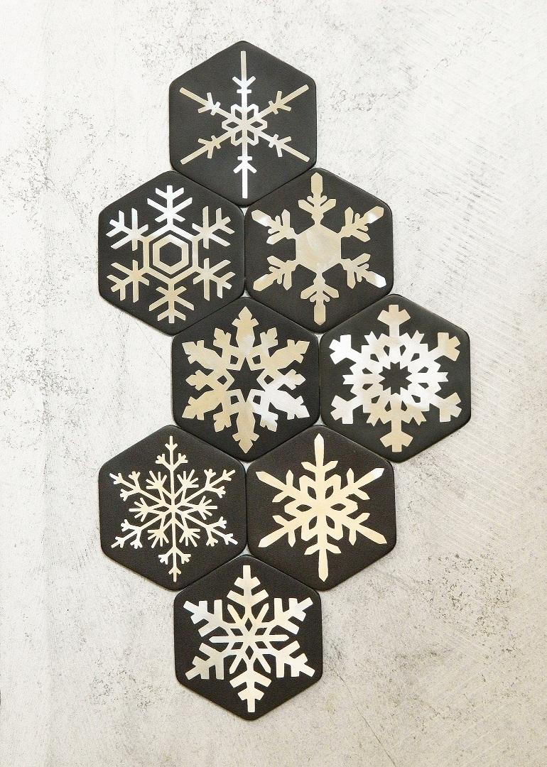 7 Snowflake coaster (2) - Copy - Copy.jpg
