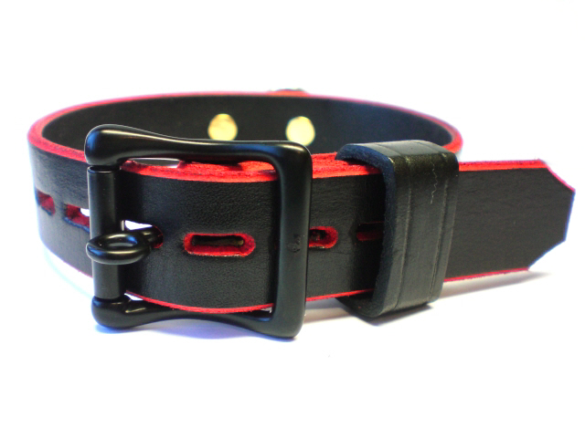 lockable buckle, black leather keeper (red-trim)