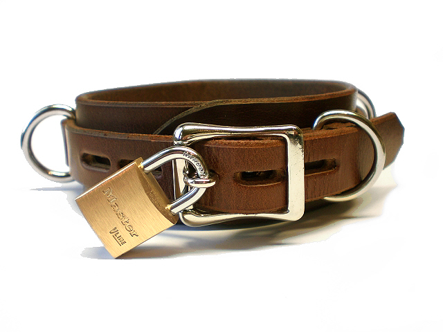 lockable buckle w/padlock - brown bridle