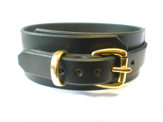 black bridle buckle view