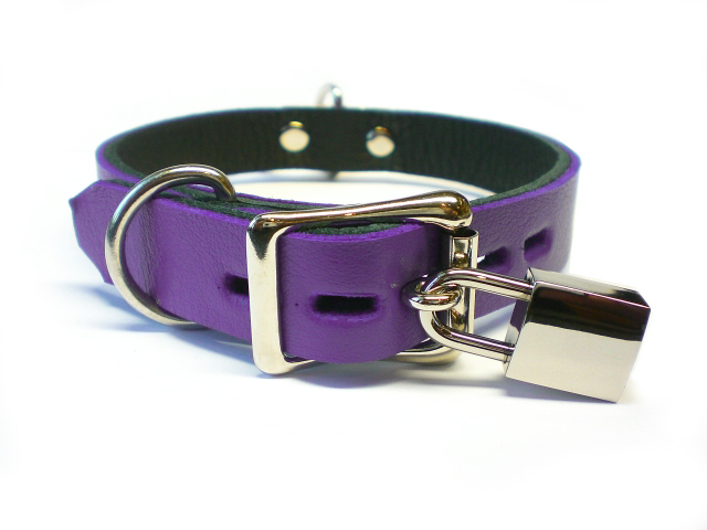 lockable w/padlock - electric purple