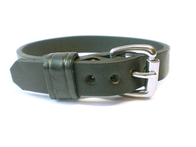 standard buckle - black leather keeper