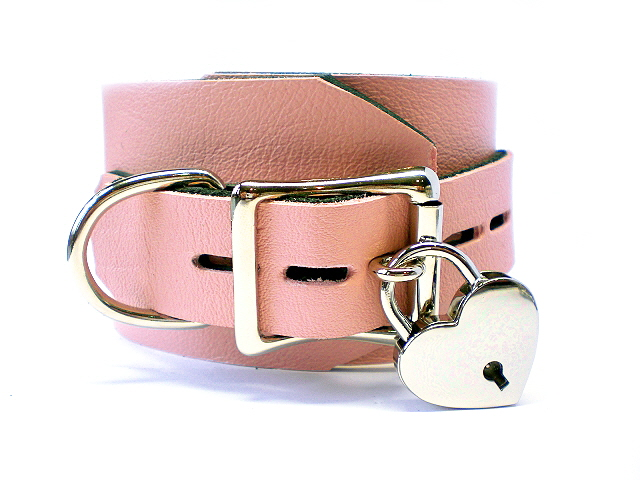 lockable buckle/padlock - baby pink