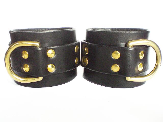 black bridle leather restraints
