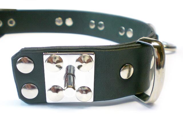 padlock stud (shown in plain black leather)