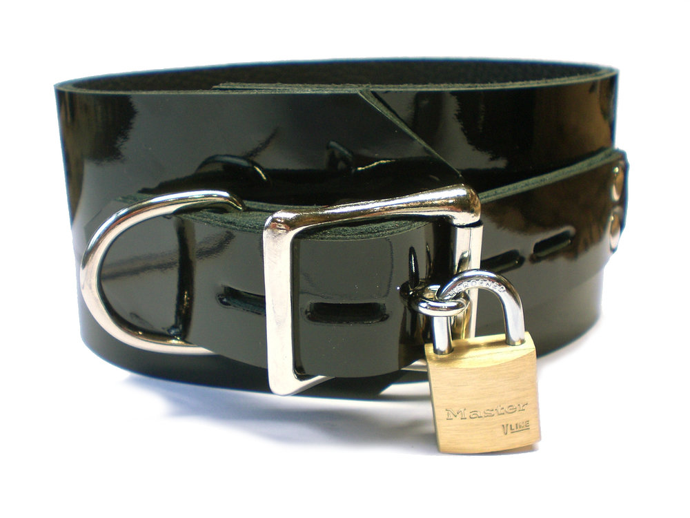 black patent leather - lockable buckle