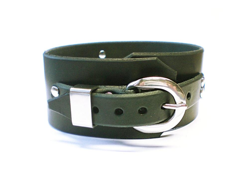 steel buckle w/steel keeper