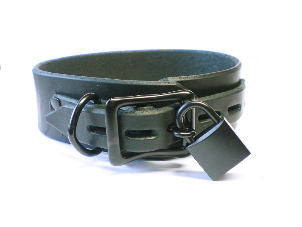 lockable buckle w/padlock - black latigo