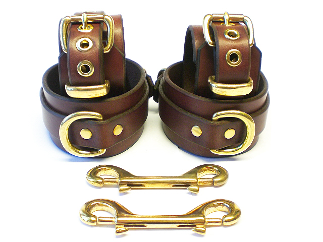 BRN-RES-Brass-2in-Bondage Set-1in-dees-dbl-clips.jpg