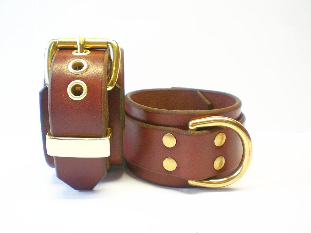 brown bridle leather restraints