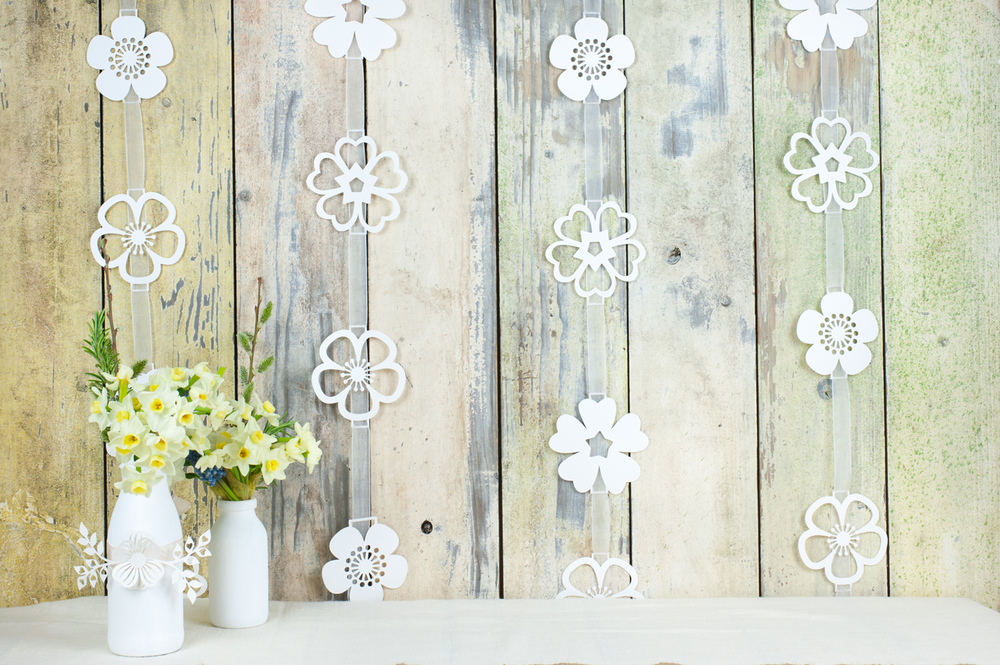 Wedding garland to match wedding invitations