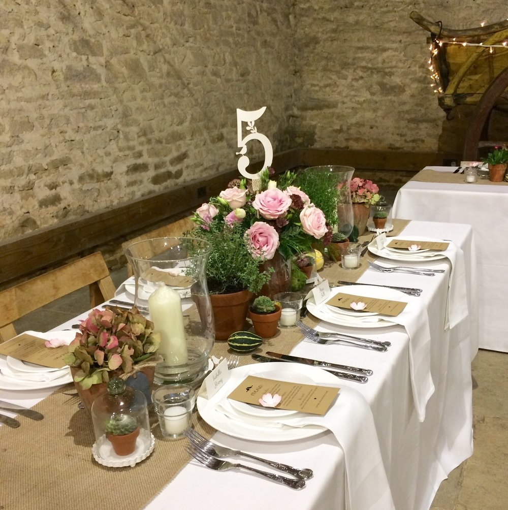Rustiv tablescape