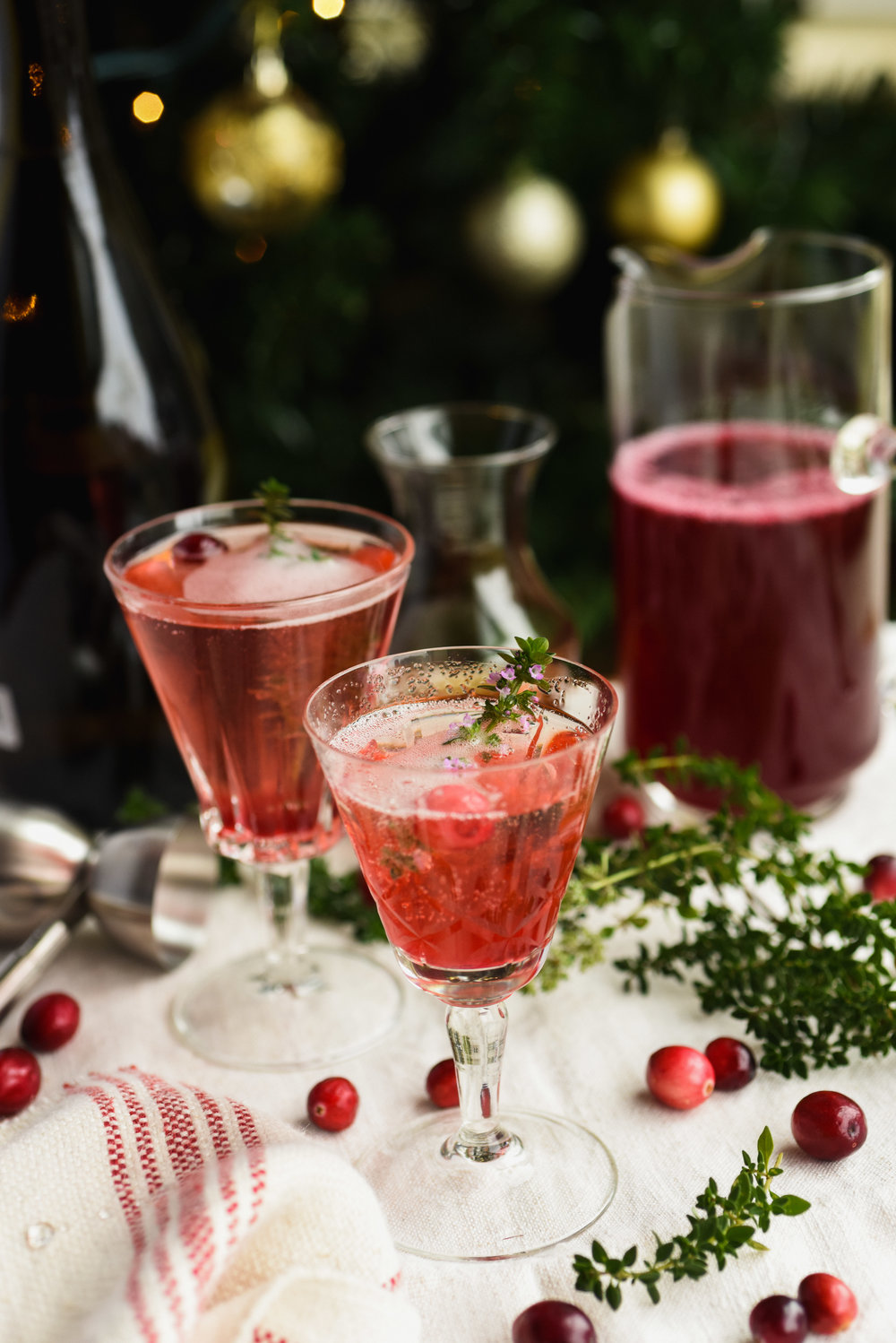 Cranberry and Lemon Thyme French 75-5.jpg