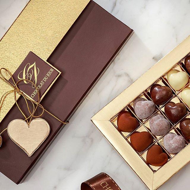 on air: campanha namorados @chocolatdujour #chocolatelover #loveislove #loveisintheair