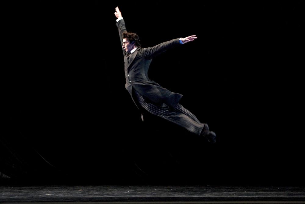 MASTER IMAGE2008 Tour - New YorkPierre-François Vilanoba in Caniparoli's Ibsen's House(© Erik Tomasson)