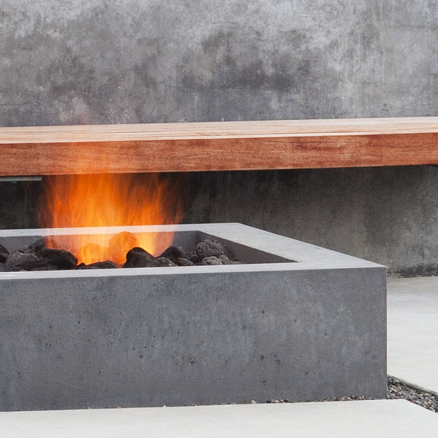 "<a href=""http://www.contemporist.com/7-examples-of-contemporary-firepits-to-inspire-you/"">Contemporary Firepits</a>"