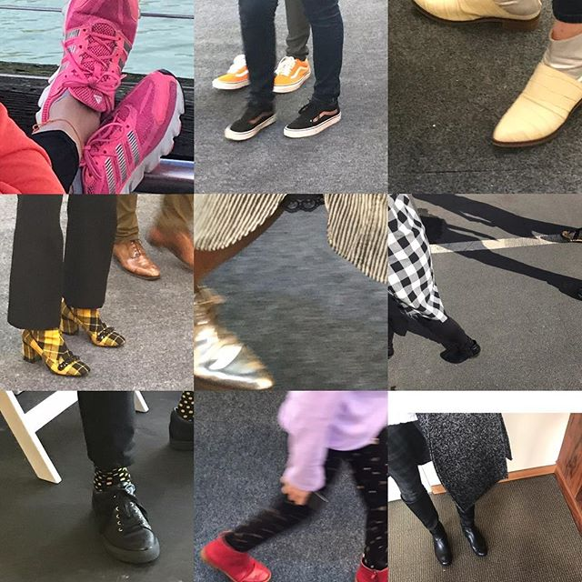 Not only is the art fabulous @fogfair but the people and shoes are just as interesting!  #fogdesignandart #artday #whatshoessay