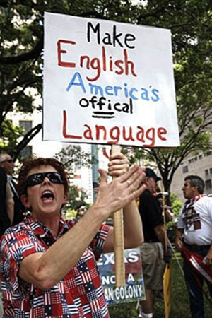 Placard with helpfully underlined misspelling, Texas anti-immigration rally, 2008 | Photo : Johnny Hanson, Houston Chronicle