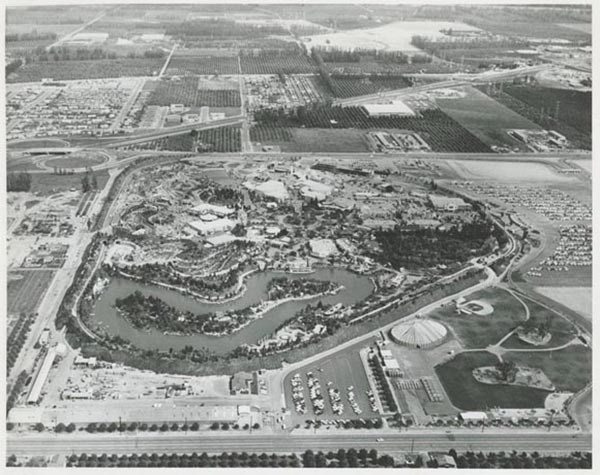 Bird's eye view of Disneyland in Anaheim, California, 1958 | Courtesy of  Stuff from the Park  Blog