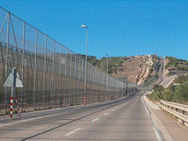 Border Spain-Morocco, by Melilla, August 2008. | Photo courtesy ofOngayo, via Wikimedia Commons