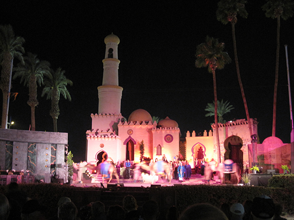 Arabian Nights Pageant at the 2012 Date Festival | Photograph by the author