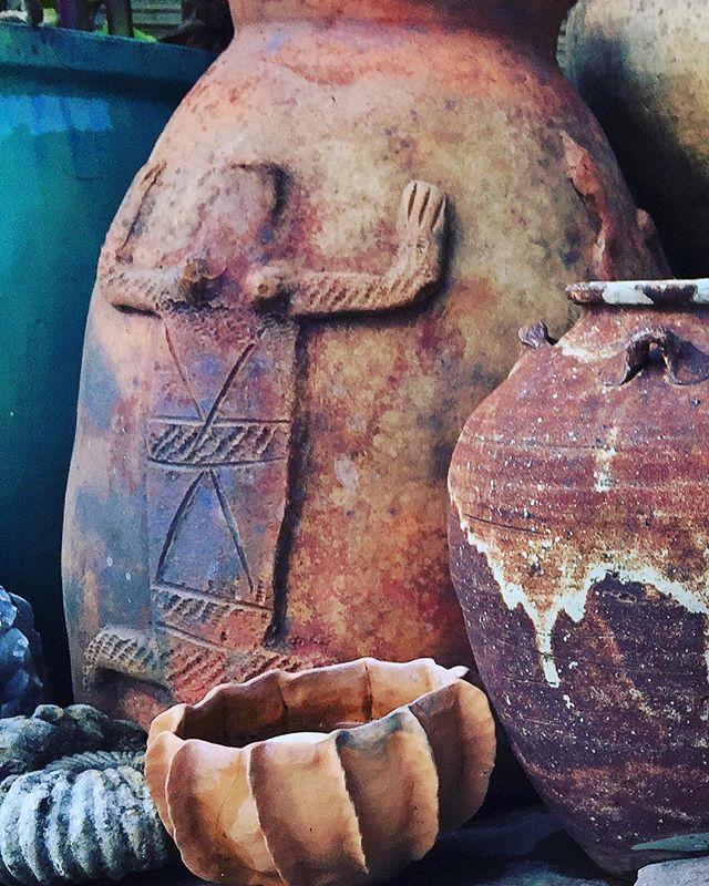 #livinggreendesign #africanamazing #afticanart #pottery #multiculturalart #claypots #coolstuff #gardenart