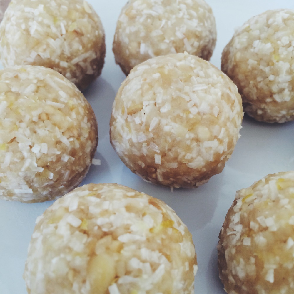 lemon and coconut raw balls