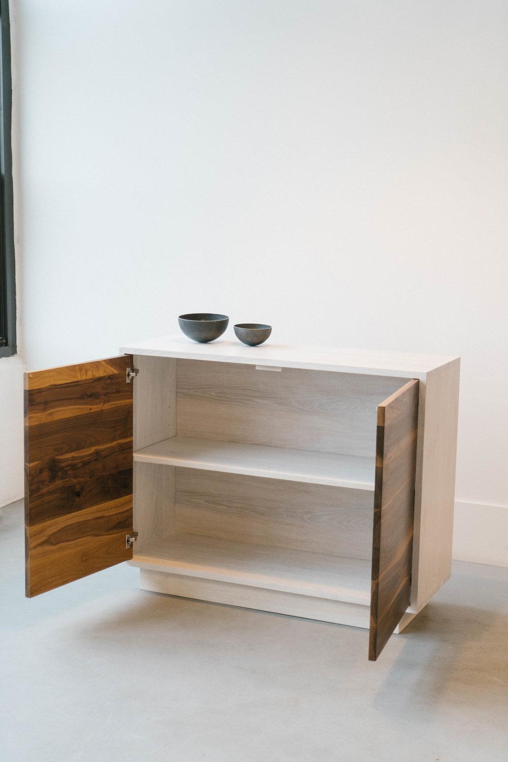cabinet2-s.jpg