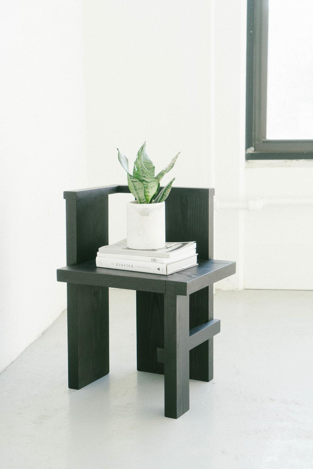 sculpturalchair10_s.jpg