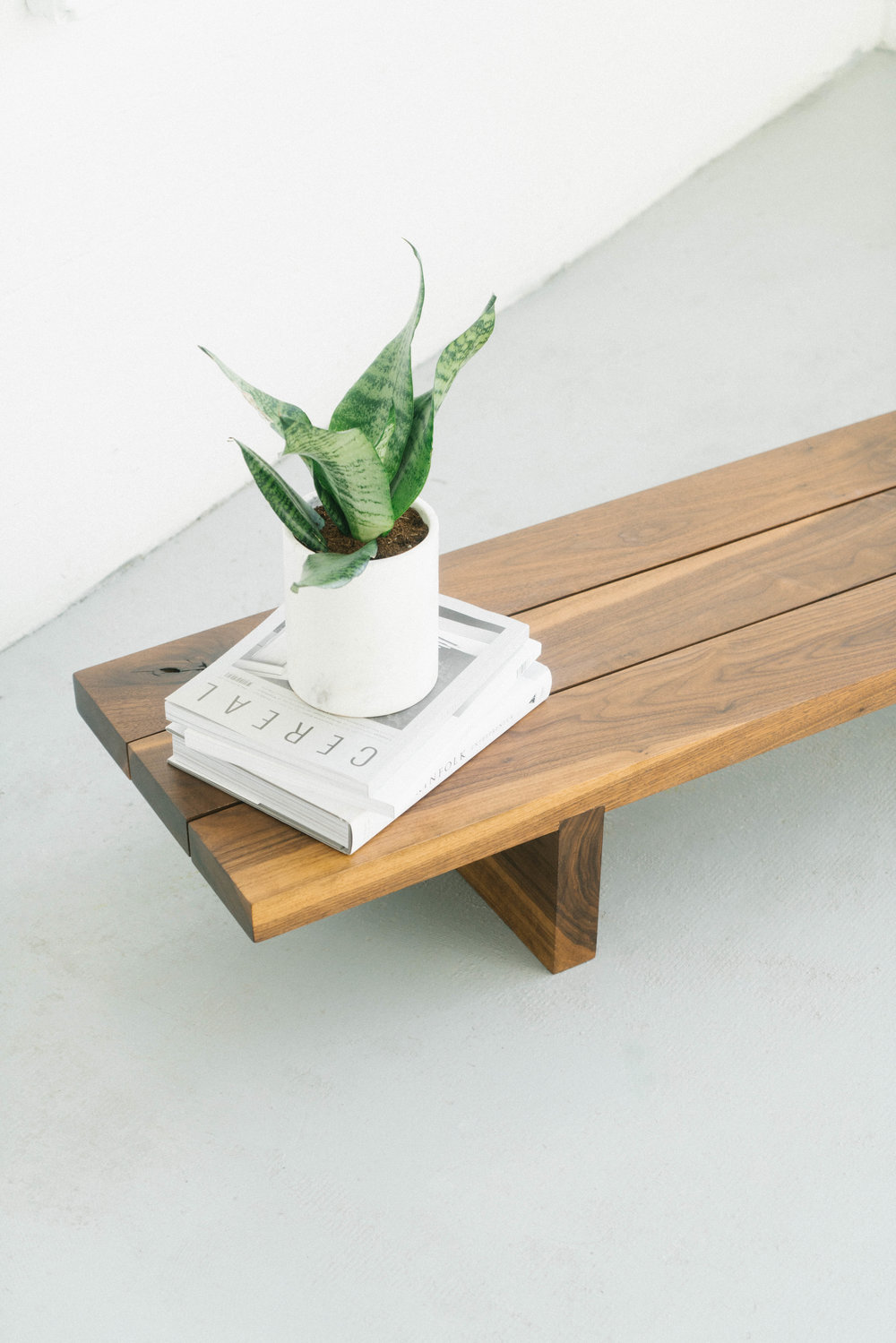 lowbench_walnut8_s.jpg