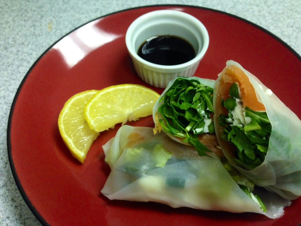 salmon spring roll