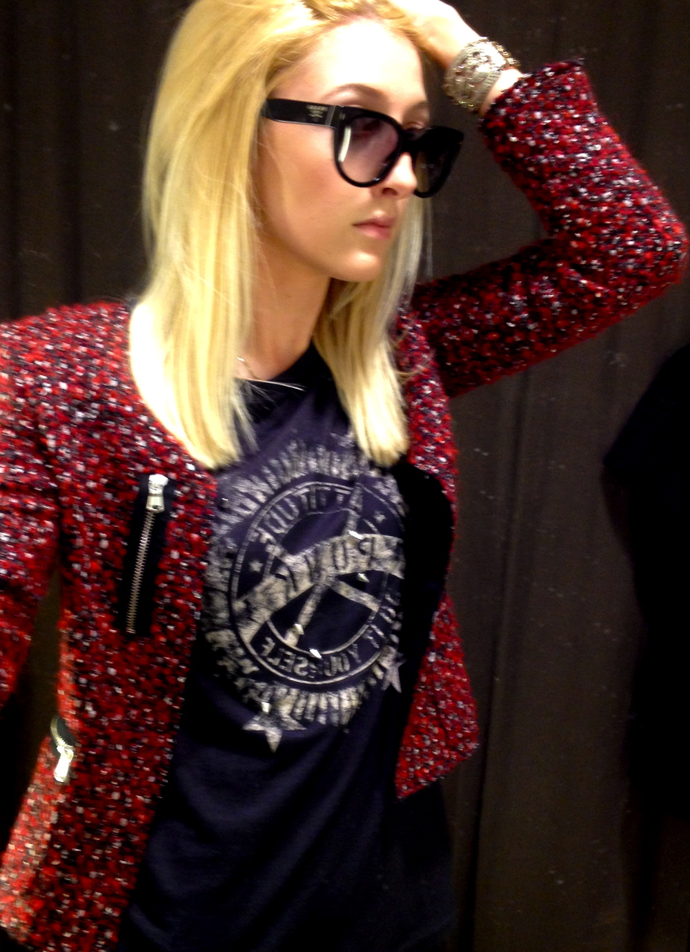 Jacket and t-shirt:  ZARA  // Sunglasses:  Prada  // Bracelet:  vintage