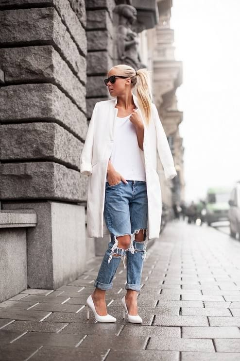 A super distressed pair gives a modern edge to crisp white separates.