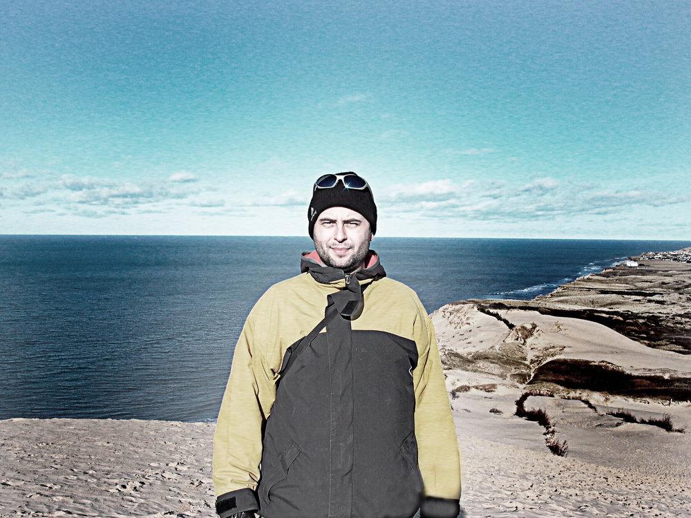 Casper Sølbergs fotograferet syd for Lønstrup, hvor mange af Vraggods-seriens fotografier er taget.