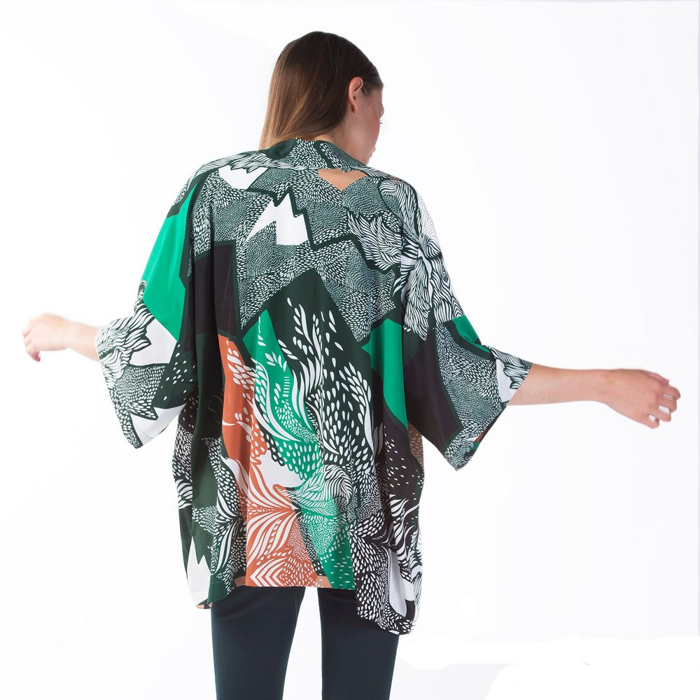 Delilah silk kimono