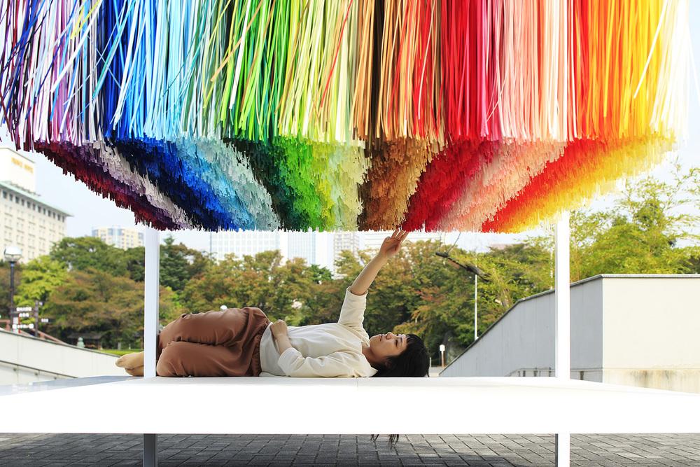 4_emmanuelle_moureaux_100_colors_9.jpg
