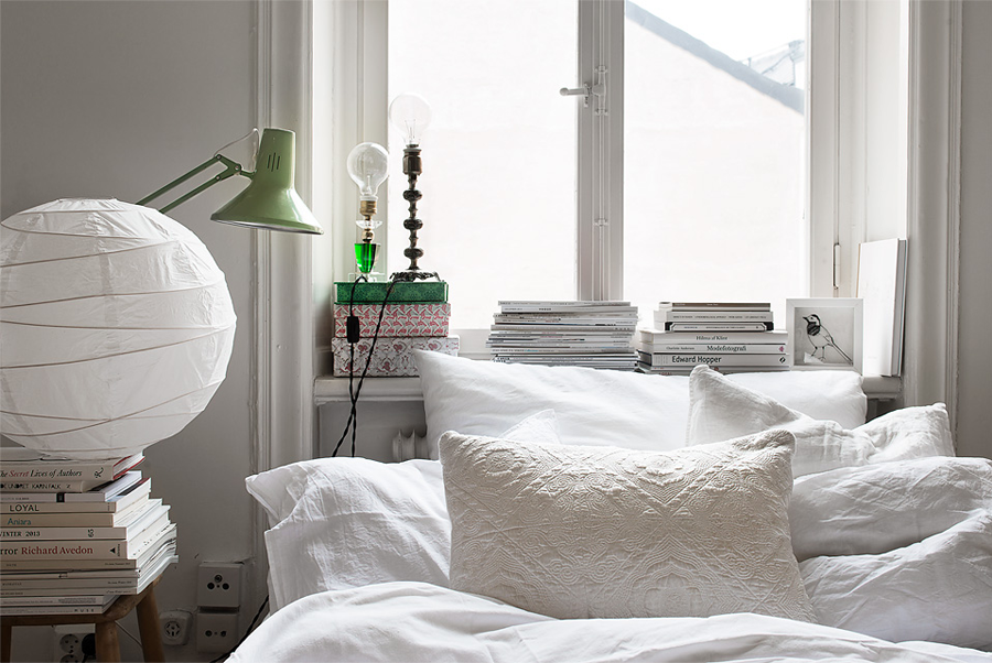 soffa_magazine_storrage_ideas_for_small_bedroom.png