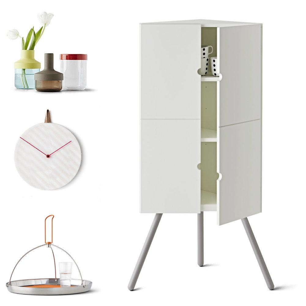 Dekorace, design Mathias Hahn; nástěnné hodiny; design Stefan Scholten a Carole Baijings; podnos s držadlem, design Matali Crasset; rohová skříňka, design Keiji Ashizawa
