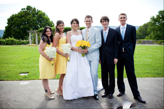 Bridal-Party-at-Wave-Hill.jpg