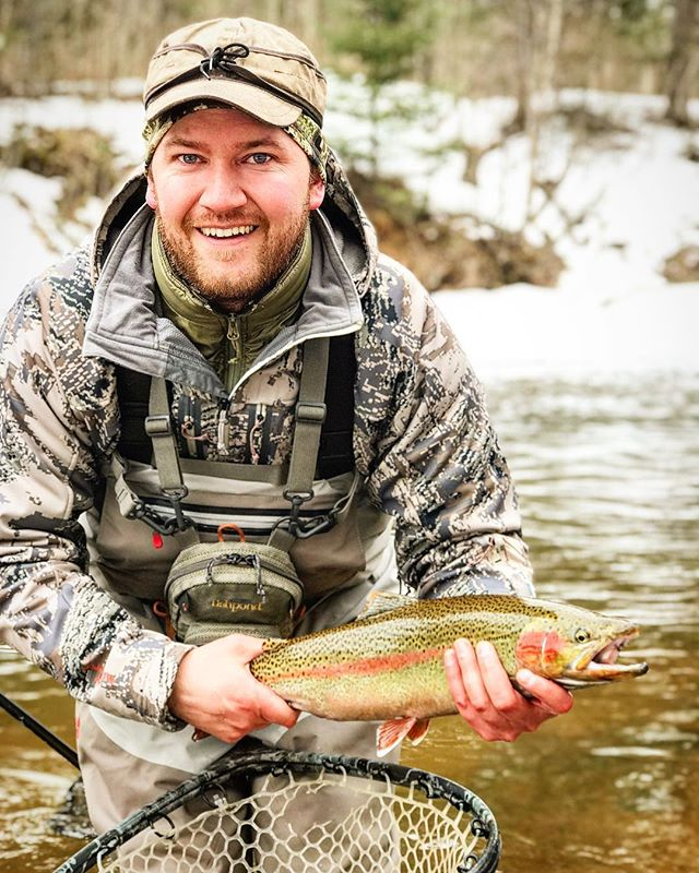 Dustin came in to get outfitted with new @redingtongear waders and new @fishpond bag for a recent Steelhead trip with @freshcoastangling.  He got into a few nice fish including this colored up beauty.