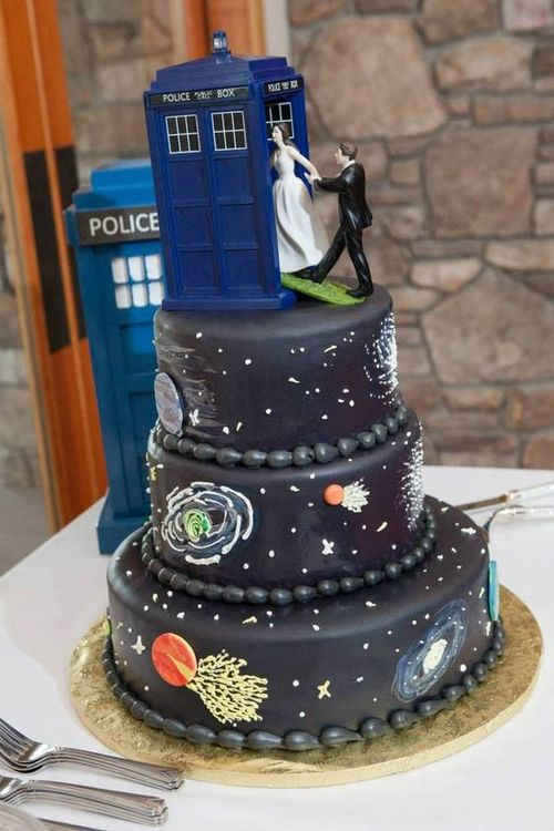 photo source offbeat bride - Dr Who Wedding Ring