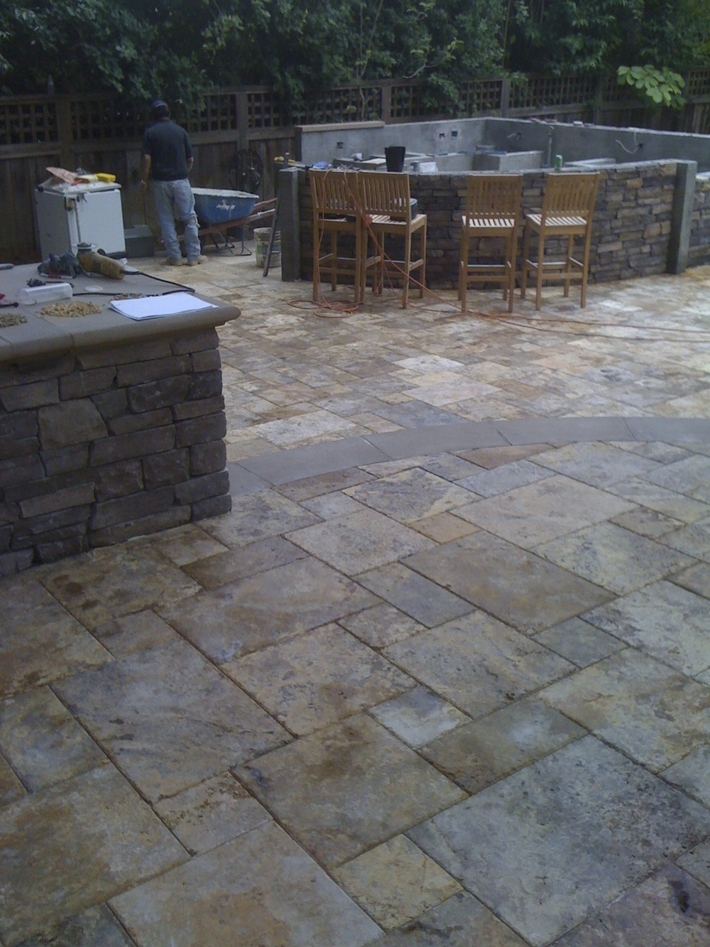 Travertine Stone Patio and Outdoor Kitchen